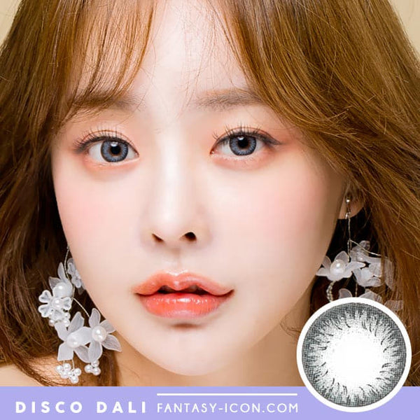 Disco Dali Grey Contacts | Circle Color Lens model