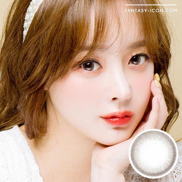 Colored contacts for Hyperopia Luna Monet Grey 1