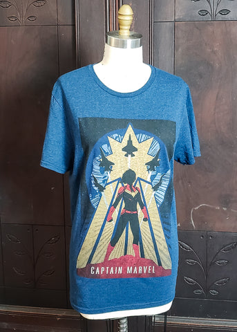 Captain Marvel T-shirt (Medium)