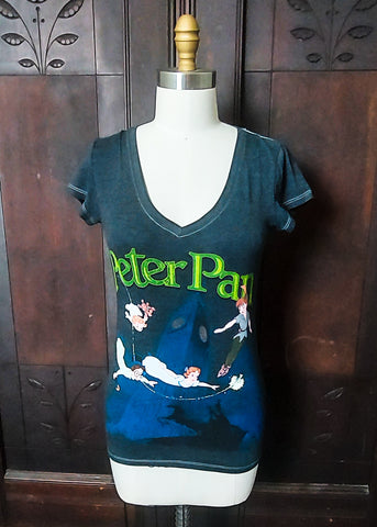 Peter Pan V-neck Tee (Medium)
