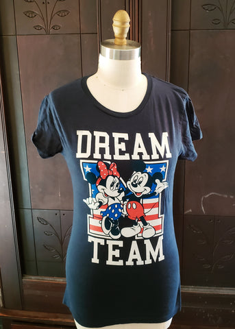 """Dream Team"" Mickey & Minnie T-shirt (XL)"