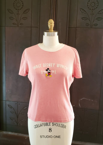 "Vintage ""Walt Disney World"" T-shirt (Medium)"