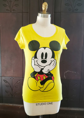 Mickey Mouse T-shirt (Large)