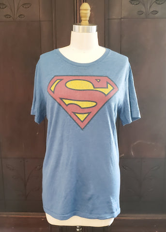 Superman T-shirt (Medium)