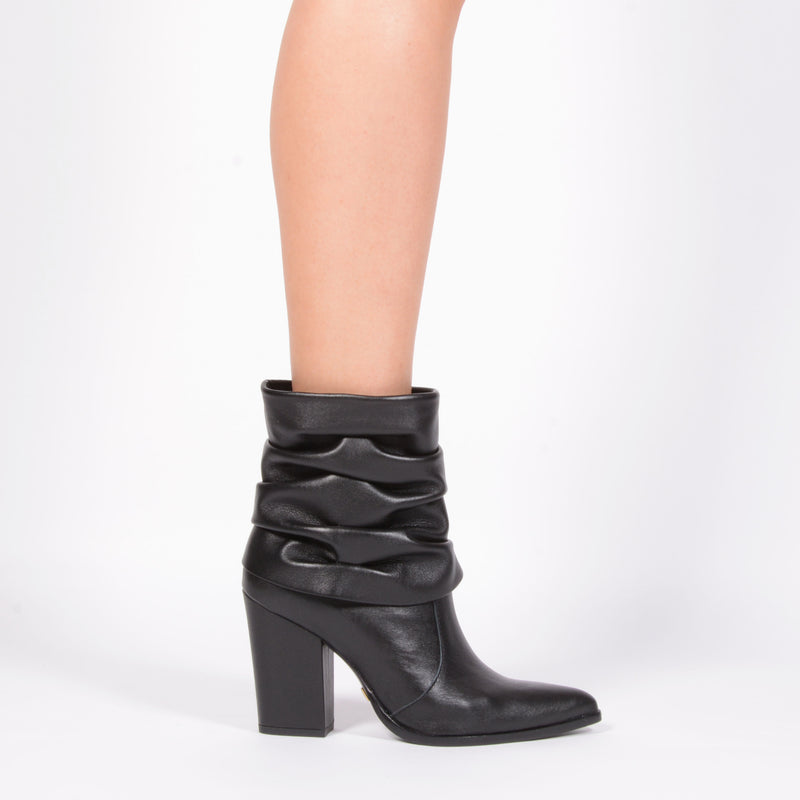751f97d80c5 Jorge Bischoff J51033011 Ankle Boots in Black Leather