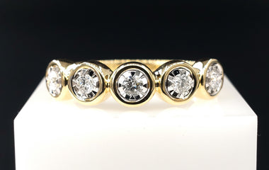 14kt Yellow Gold Ring w/ Diamond Pave  Size 7 - Fine Jewelry - Stackable