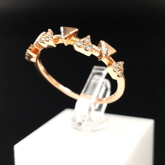 14kt Rose Gold Triangle Design Ring w/ Diamond Pave 0.12CTW Size 7 - Stackable