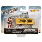 Játék: Justice League Wonder Women Hot Wheels kisautóval / Hot Wheels