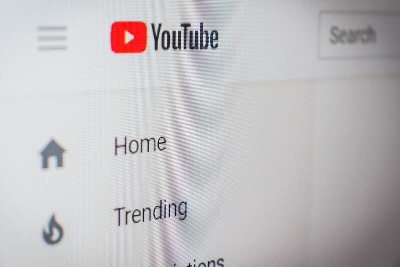 7 Simple Ways To Make Money On YouTube In 2020
