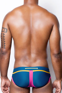 V65 Pro Swim Brief | Magenta