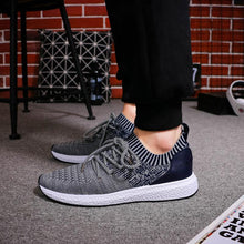 Load image into Gallery viewer, LAISUMK Mens Casual Breathable Sneakers