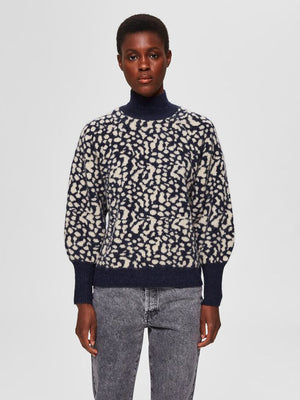 Selected Femme animal print Paris jumper. Knitted pullover with print design. Shown on model and viewed from front.