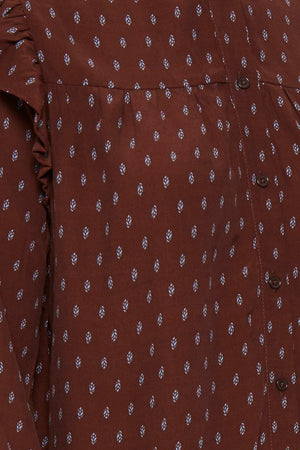 Close up detail of ICHI Carina long sleeve printed blouse. Cappuccino brown with light blue print.