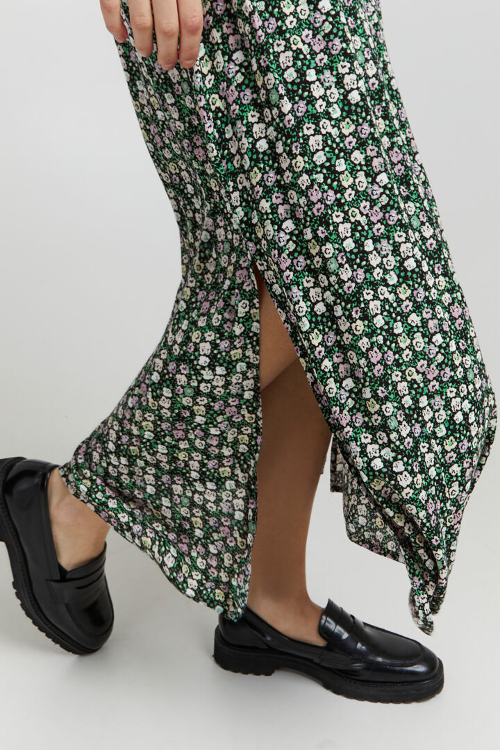 Y.A.S. Striped Midi Skirt