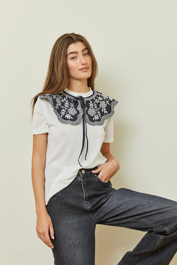 Lory Lace Collar