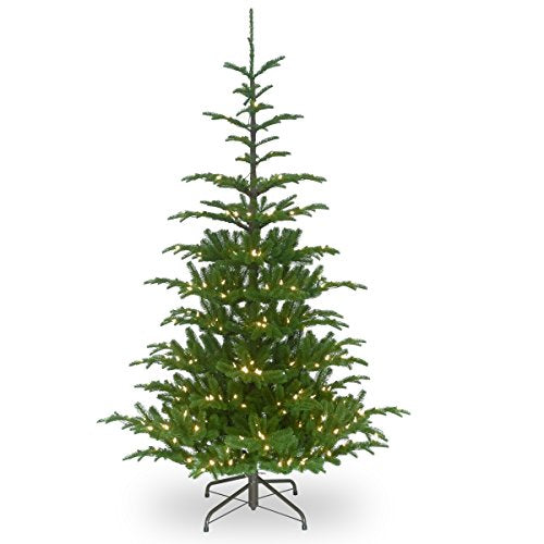 7 1/2' Feel Real Norwegian Spruce Hinged Tree with 750 Clear Lights
