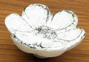 Cupped Antique White Flower Drawer Pull Set/6