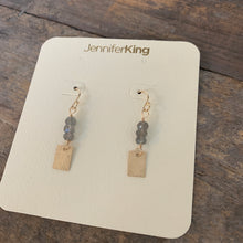 Quest Earrings / Square • Gray