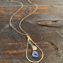 Cali Necklace / Teardrop Blue