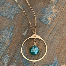 Lia Necklace / Green