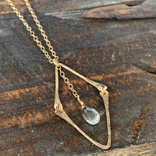 Eden Necklace/ Diamond-Quartz