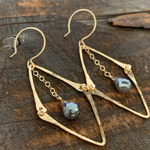 Florence Earrings / Grey