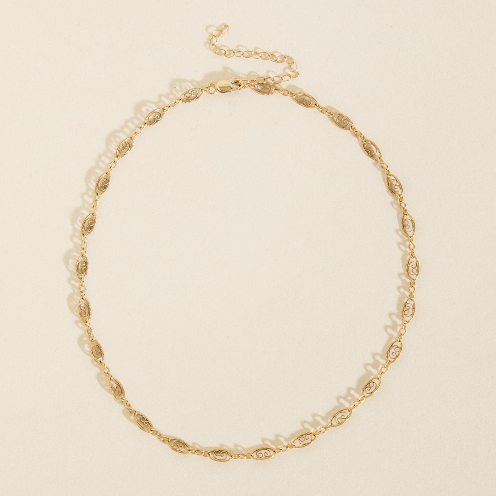 Haati Chai Chain Choker in Metallic Gold Q1w74v