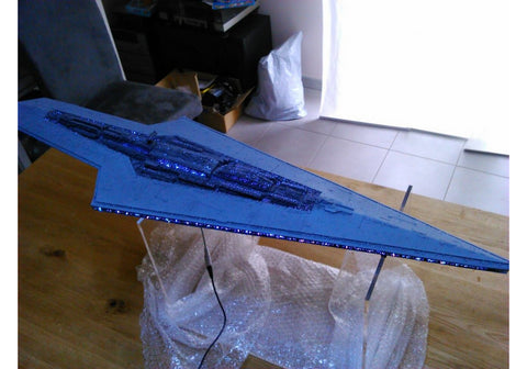 I-SSD Model Kit   38 inches long star ship model