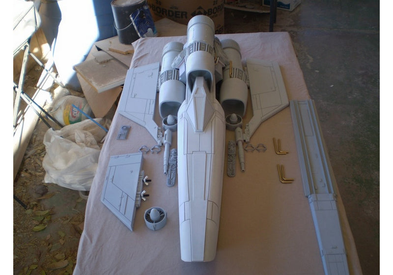 BSG Colonial Viper Model Kit (original series)