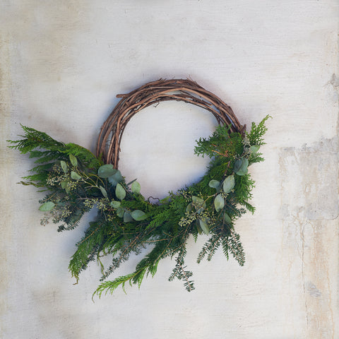 Medium Half Mixed Wreath