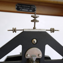 Load image into Gallery viewer, 1950s Decorative Russian Double Precision Balance Scale - Small Size-1