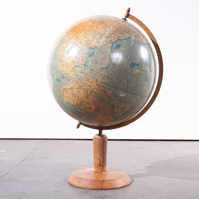 1950s Earth Rotating Teaching Globe