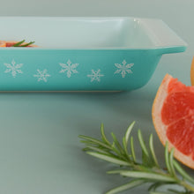 Load image into Gallery viewer, Vintage Pyrex Turquoise Gaiety Snowflake Shallow Serving Dish