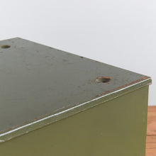 Load image into Gallery viewer, Vintage Green Single Drawer 'Veteran Series' Metal Filing Cabinet - C