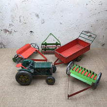 Load image into Gallery viewer, 1950s Mettoy Windup Clockwork Vintage Tractor & Trailers
