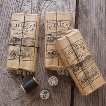 Load image into Gallery viewer, 1889 Jelie's 'Extra Glacé' Vintage Thread Bundles
