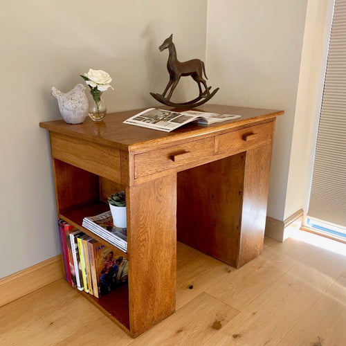 Early 20th Century English Oak Desk with Bookshelves