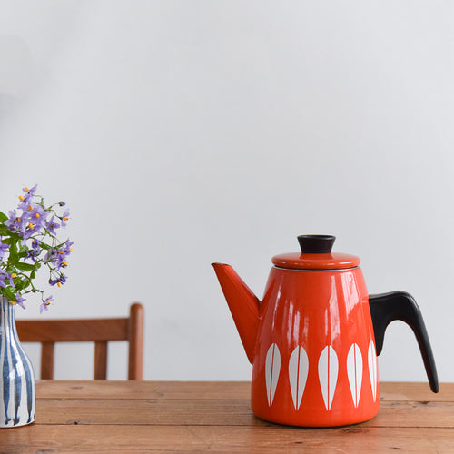 Vintage 1960s Arne Clausen for Cathrineholm Red and White Lotus Design Enamel Kettle