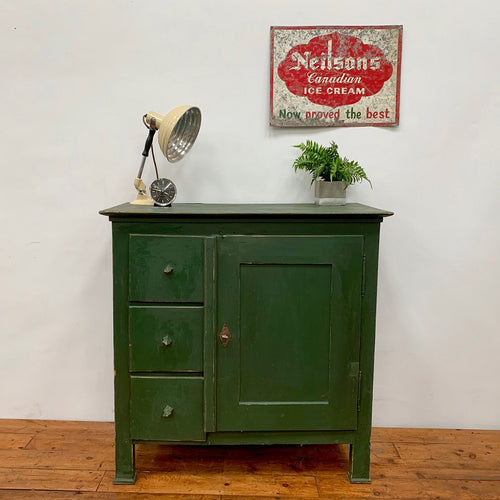 Early 20th Century Rustic Sideboard / Cupboard
