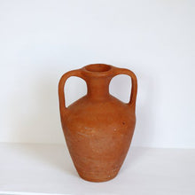 Load image into Gallery viewer, DOUBLE HANDLED VASE