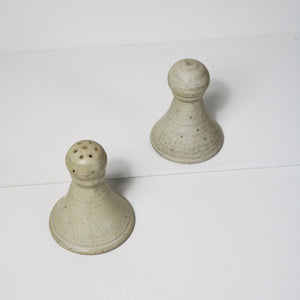 SALT AND PEPPER SHAKERS-1