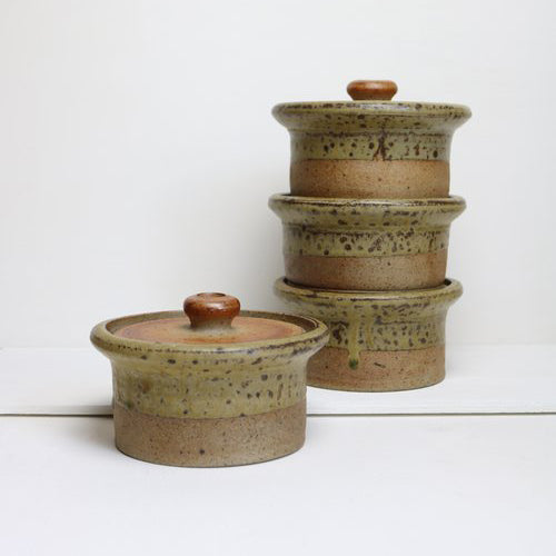 STUDIO POTTERY OVEN POT