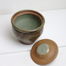 Load image into Gallery viewer, STUDIO POTTERY SUGAR POT