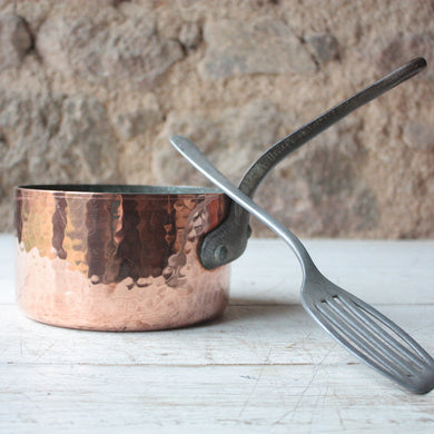 Hammered French Vintage 3mm Single Copper Pan with Cast Iron Handle
