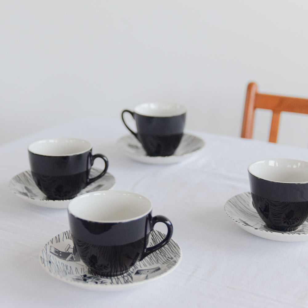 Vintage Homemaker Eight Piece Tea Cup and Saucer Set