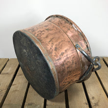 Load image into Gallery viewer, Large Copper Cauldron Pot - 1