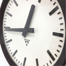 Load image into Gallery viewer, Small Czech Bakelite Pragotron Clock