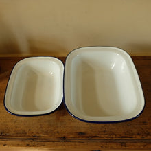 Load image into Gallery viewer, Vintage Blue and White Enamel Pie Dishes £26