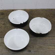 Load image into Gallery viewer, Black & White Enamel Bowls - Shallow