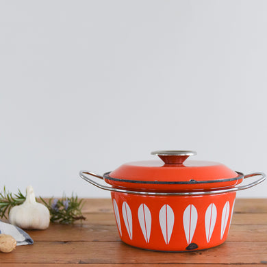 Vintage 1960s Arne Clausen for Cathrineholm Red and White Lotus Design Enamel Casserole Pan